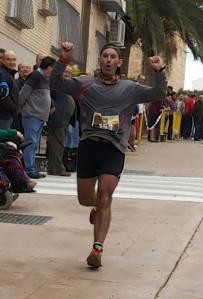 Ricardo Martínez llegando a la meta